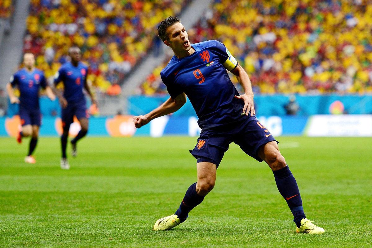 2014年7月13日,巴西巴西利亚国家体育场,2014巴西世界杯三四名决赛,最终荷兰3-0战胜巴西拿到了本届世界杯的季军。上半场范佩西,布林德各入一球,下半场维纳尔杜姆锦上添花。