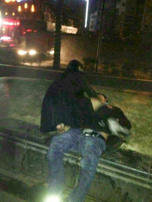 成都醉酒女子闹市强奸过路男子 - 健康之路 - 走向健康之路