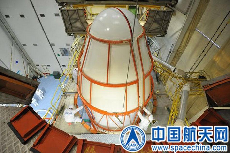 体软着陆重任的嫦娥三号月球探测器计划12月上旬在西昌卫星发射中
