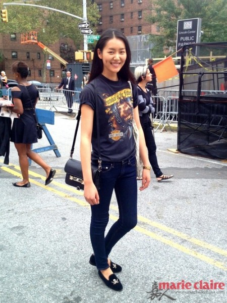超模刘雯走秀精彩 私照街拍更有爱