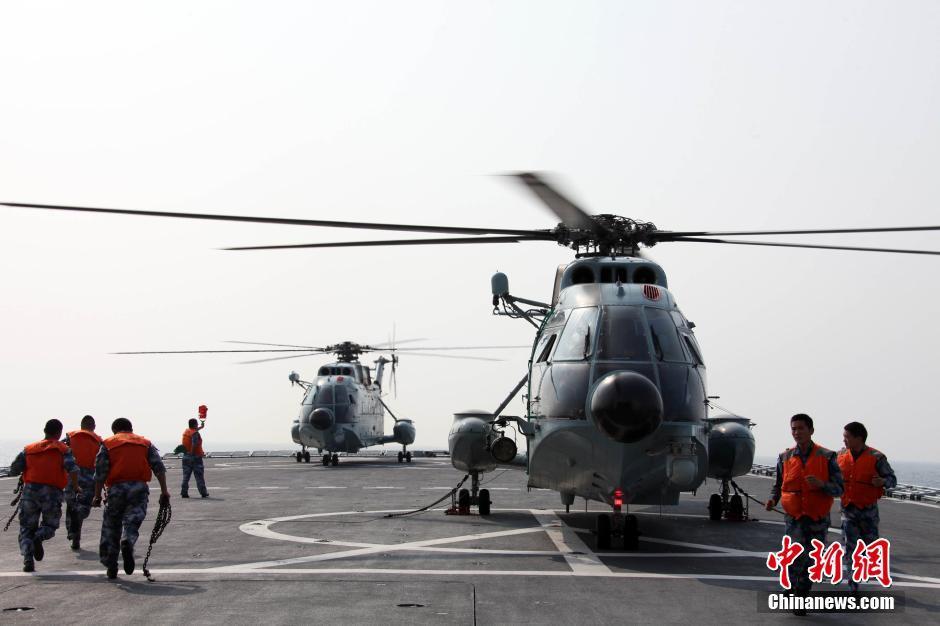 中国军舰赶赴出事海域
