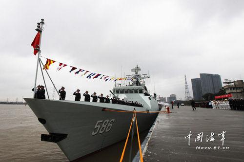 解放军1年来至少17艘新舰入列
