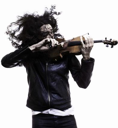 法国小提琴家纳曼尼亚·拉杜洛维奇