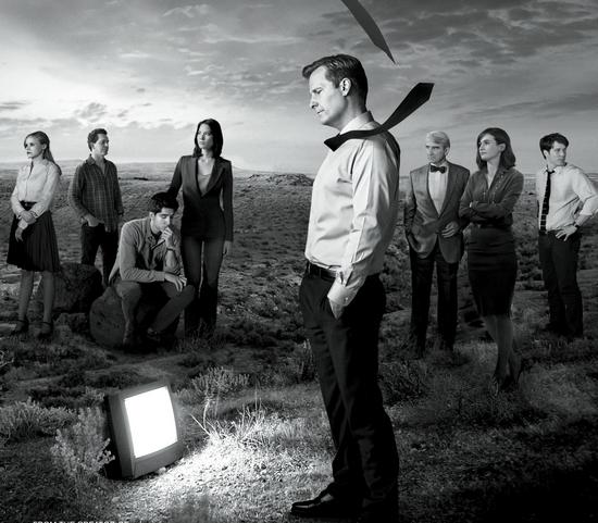 《新闻编辑室》第二季海报.中间是杰夫·丹尼尔斯饰演的男主角威尔.