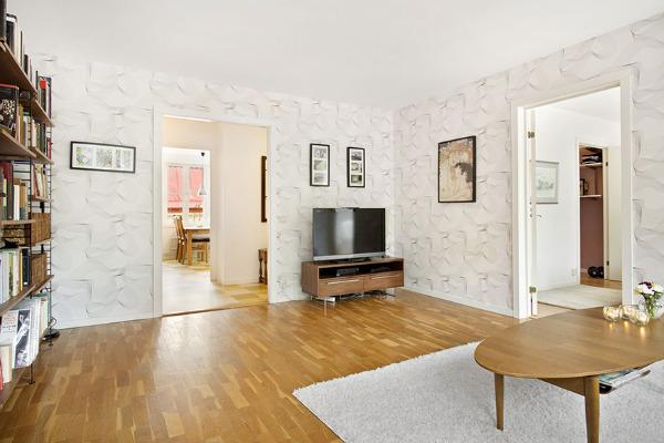 木地板也能混搭?北欧简约风公寓带来全新气息