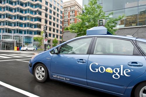 无人驾驶汽车技术从假想一步步变成现实高清图片