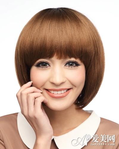 小脸女生蘑菇头发型 可爱不失甜美|发型|头发_凤凰时尚