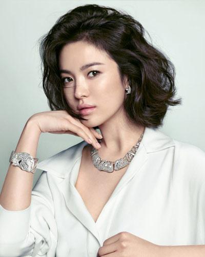 女星大片发型比拼 宋慧乔张静初领衔