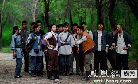 抗日大戏《战火连天》日前在全国电视台范围内正式开播,该剧讲述了