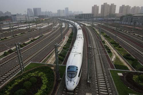 受设备故障影响 京沪高铁22日多趟列车晚点运