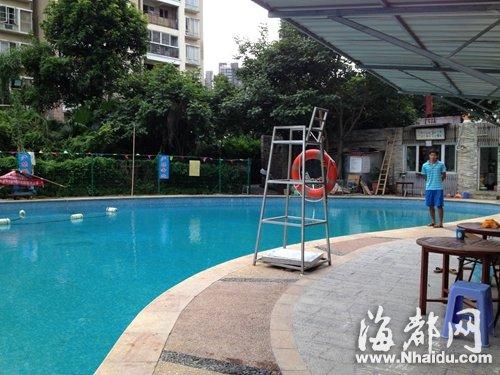 v情趣班情趣带男童去用具9岁老师溺水至今昏迷泳池学生苏州图片