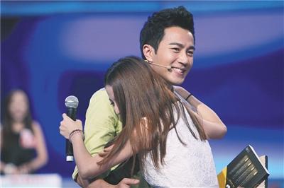 2020世界旅游小姐中国总决赛 内蒙古姑娘摘冠_理发店装修风格