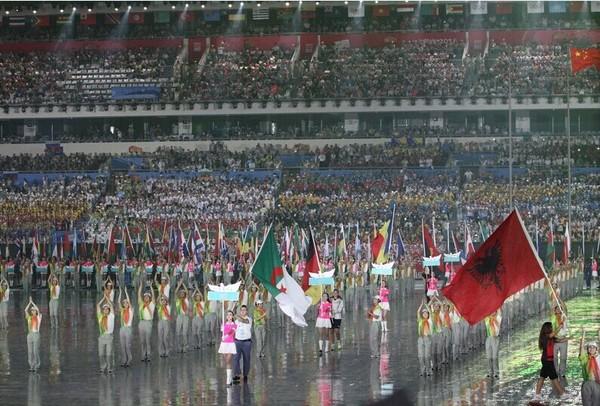 高清:南京青奥会开幕式 各代表团入场仪式图片