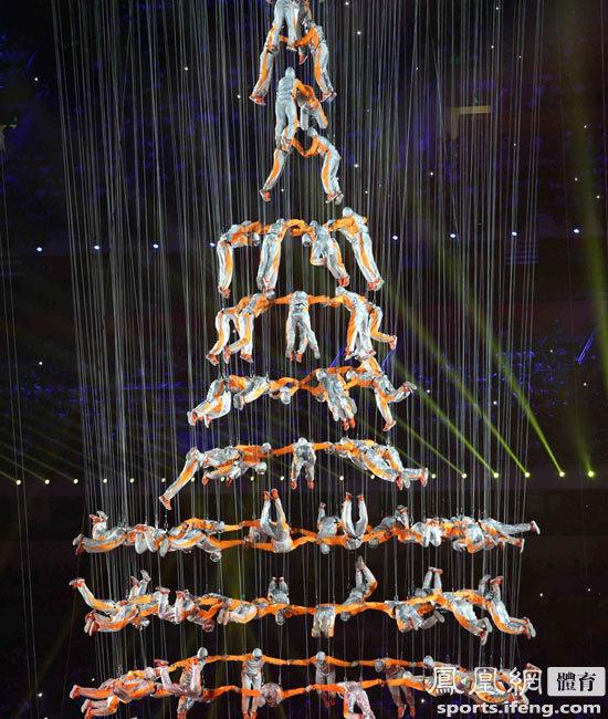 青奥会开幕式文艺表演 第二篇章《筑梦》震惊全场 - 人在上海    - 中国新闻画报