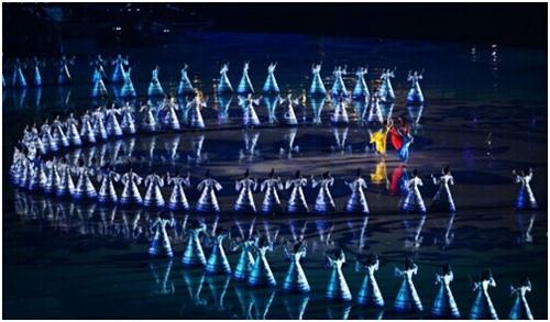 南京青奥会开幕式虚拟技术创演出新形式