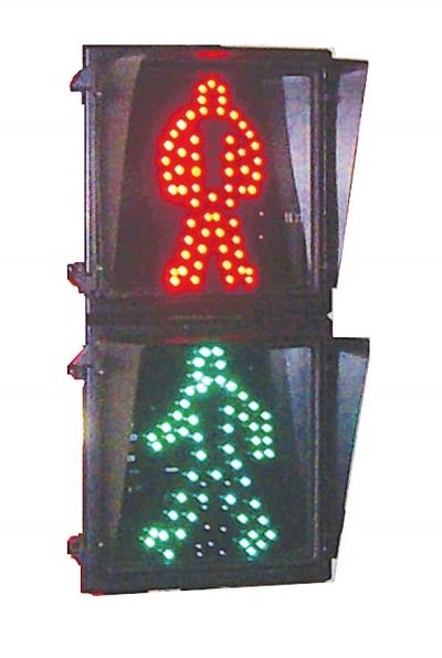 兰州:过马路总闯红灯 问题到底出在哪?/图|信号灯