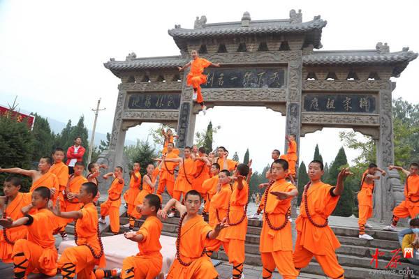 高清:第十届中国郑州国际少林武术节开幕式精彩瞬间