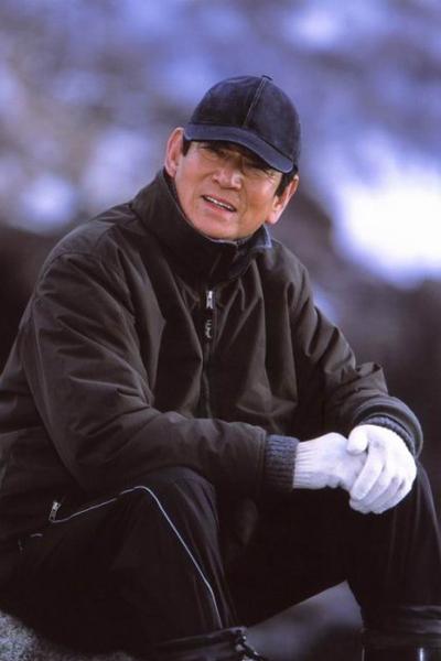 了,杜秋 日本著名男星高仓健因病去世 终年83岁