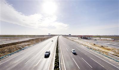京港澳高速河北段试通车 1小时抓拍超速车辆365辆