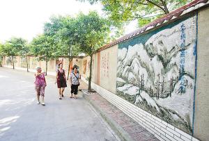 家坝社区文化墙是一道亮丽的风景线-破烂围墙变成最美小巷