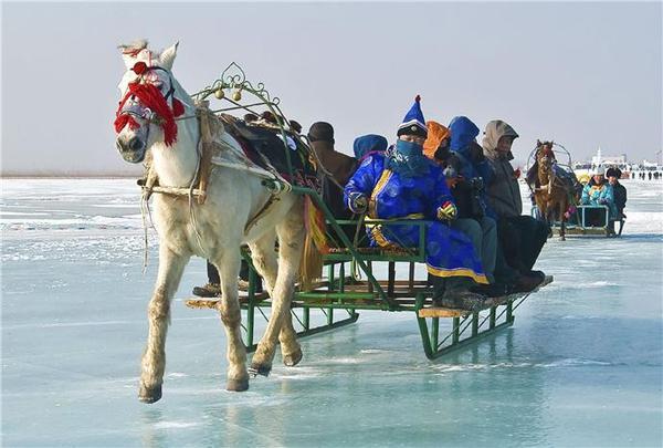 冰雪博斯腾湖