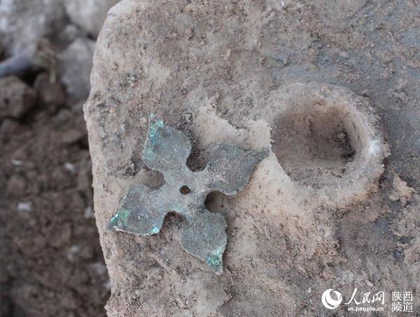 陕西凤翔发现一座汉代平民墓 出土汉代文物7件(组图)