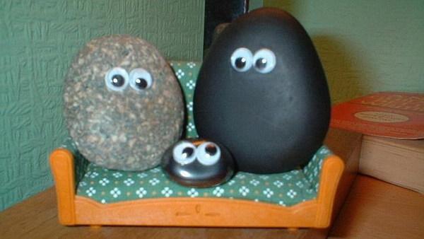 石头手绘小汽车