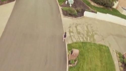 美国男子派无人机跟踪女儿上学 远程监督其行踪(图) 资讯 第2张