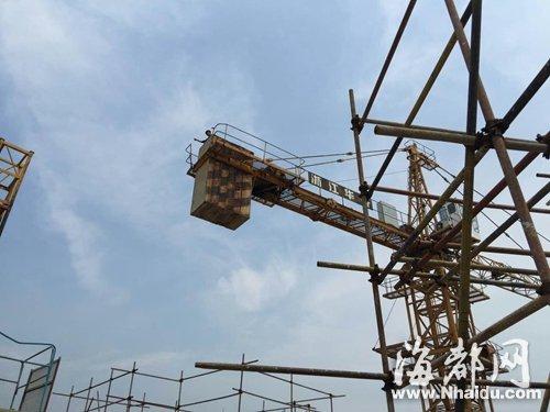 福州 男子工地施工时受伤 爬塔吊索赔被拘十天