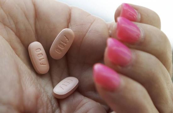 女人吃了舂药后的图片_让女人起性的药