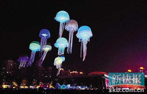 ■灯光文化节上的水母,象征光与生命同在。