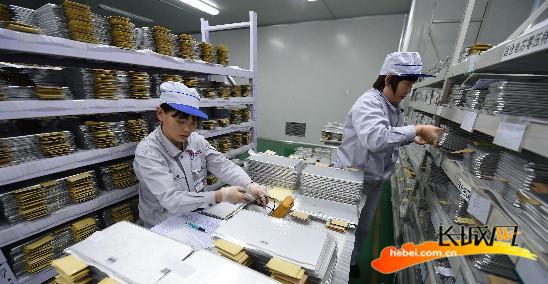 突破了国际上高能锂离子动力电池的关键性技术瓶颈,具有环保节能,容量