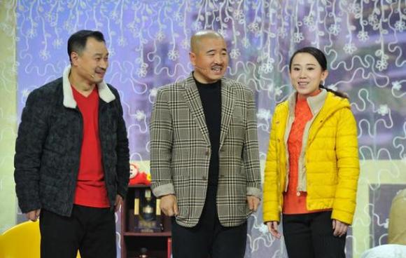 """丫蛋和""""刘能""""王小利玩相亲? 安徽春晚笑星云集"""