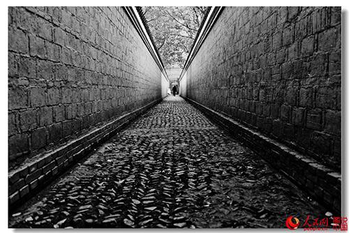 """图为安徽省桐城""""六尺巷"""",构建和谐社会,几百年前的古人们就给我们做了很好的表率。"""