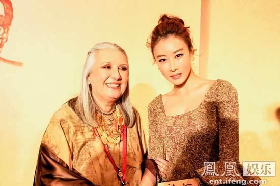 [明星爆料]毛俊杰米兰时装周看秀 与品牌创始人聊中国文化