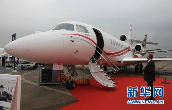 阿布扎比举办2016国际商务飞机展
