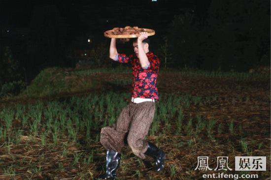 [明星爆料]《了不起的挑战》兄弟情深 阮经天体验农作艰辛