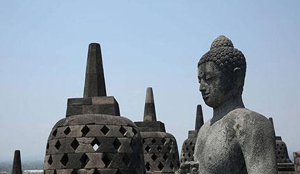 太震撼了!实拍世界最大佛寺婆罗浮屠