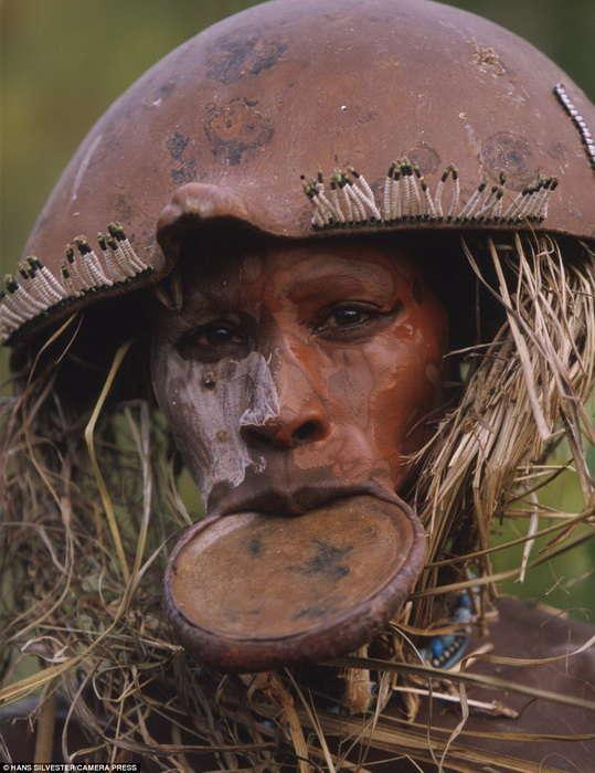 原始部落的女人_非洲原始部落图片-飞虎图片分