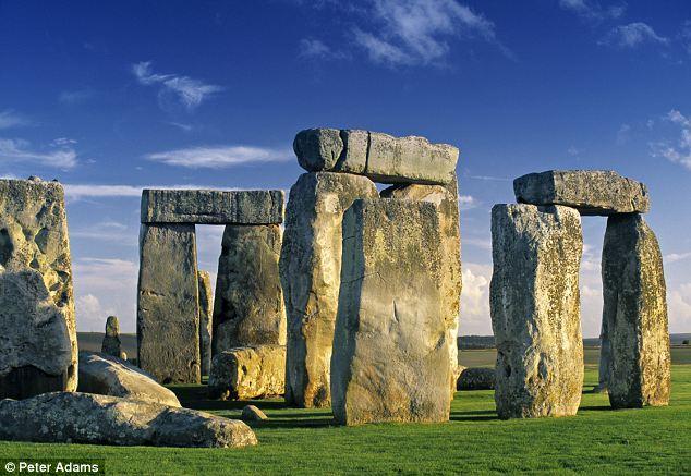 巧夺天工的英国巨石阵