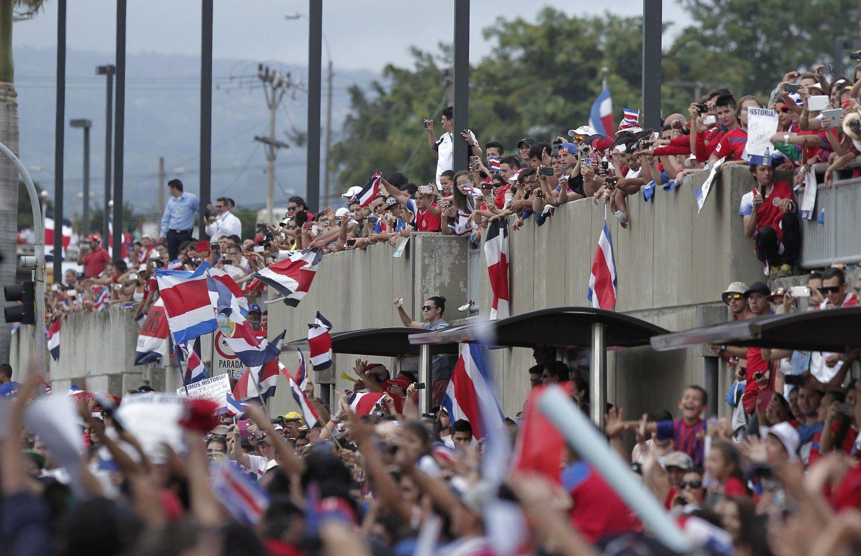 2014年7月8日,哥斯达黎加圣何塞,2014巴西世界杯第27日,哥斯达黎加队回国,受大批球迷英雄般迎接。
