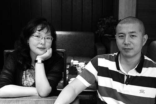"""毕飞宇(右)与张莉的对谈构成文学的""""言语之旅""""。李殷/摄"""