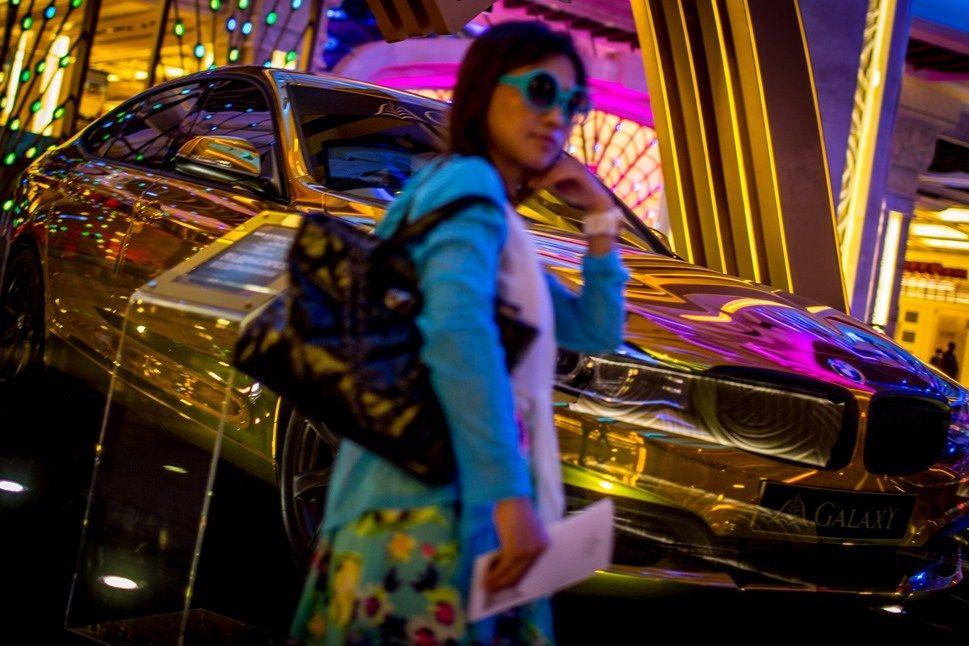 中国土豪成全球奢侈品市场支柱