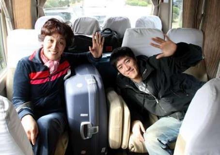 刘翔与母亲吉粉花