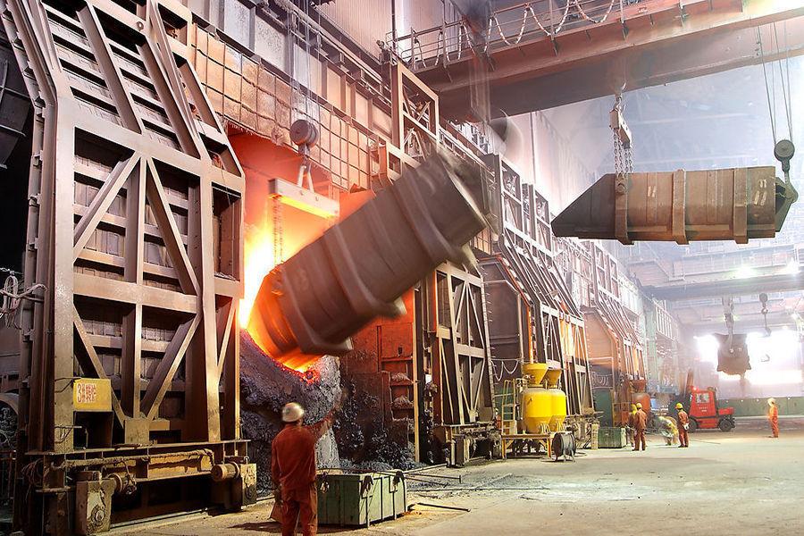 如何得到奥氏体钢?奥氏体是一般钢在高温下的组织,其存在有一定的温度和成分范围。在合金钢中除碳之外,其他合金元素也可溶于奥氏体中,并扩大或缩小奥氏体稳定区的温度和成分范围。例如,加入锰和镍能将奥氏体临界转变温度降至室温以下,使钢在室温下保持奥氏体组织,即所谓奥氏体钢。