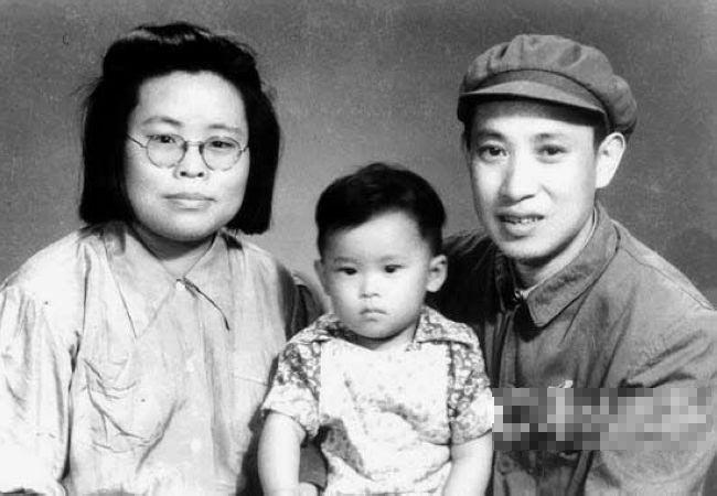 """图说毛泽东八大""""管家""""(组图)"""