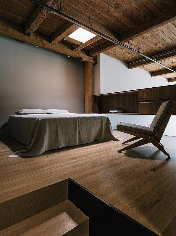 简约的两层阁楼 全开放的原木小屋