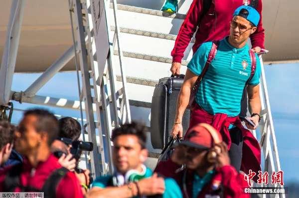2014年6月11日,巴西坎皮纳斯,2014巴西世界杯前瞻,葡萄牙队抵达图片