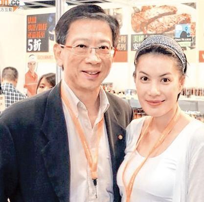 香港女星江希文遭政协委员丈夫家暴 腰部伤痕明显 图