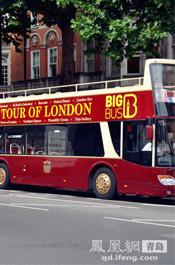 伦敦街景:观光巴士